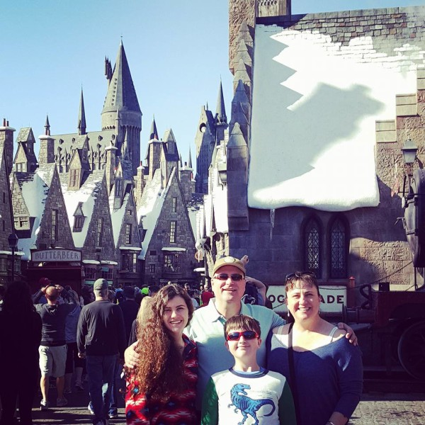 The fam (minus Tasia who is at college) at Hogsmeade
